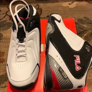 8728ebd90cd5 Fila Shoes - Men s fila rimshot sneakers..black white..8.5.